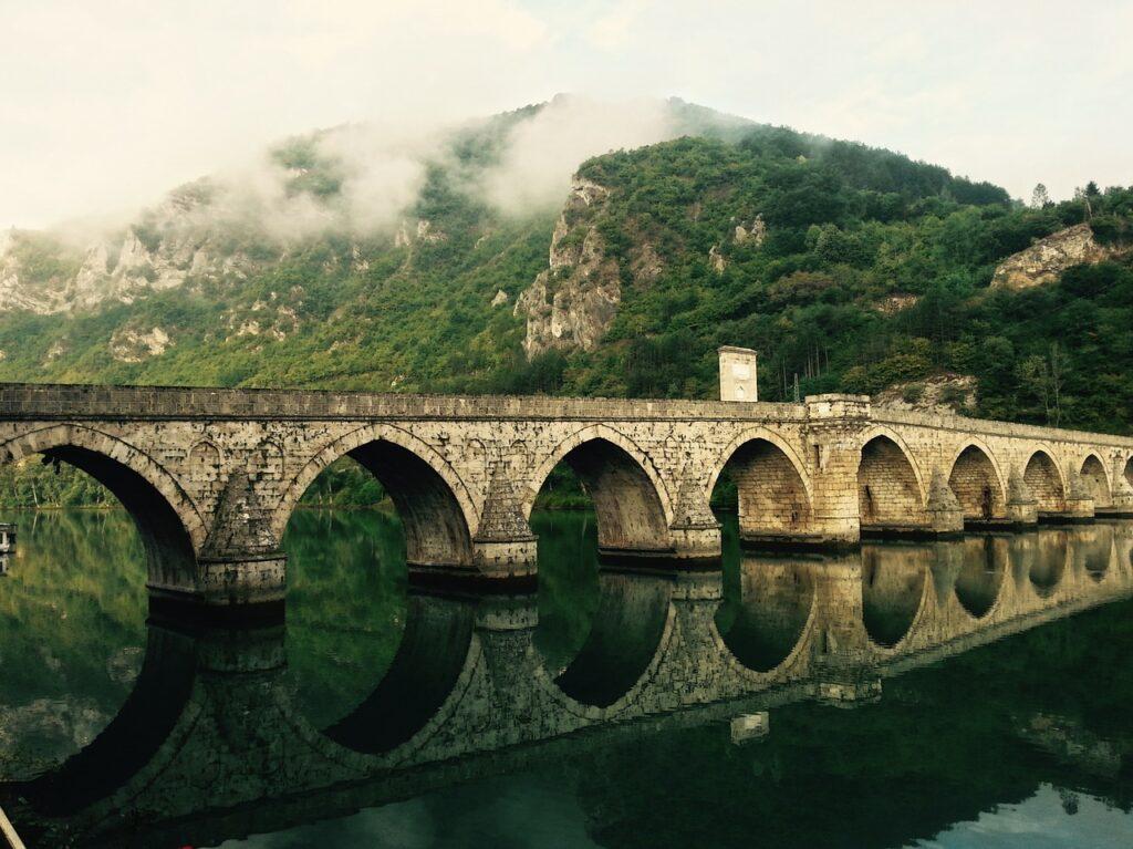 bridge, river, reflection-918760.jpg