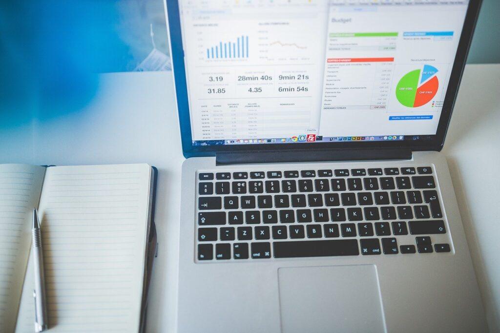 laptop, notebook, business-1836990.jpg