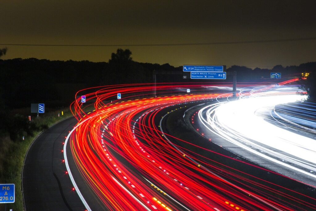 traffic, highway, lights-332857.jpg