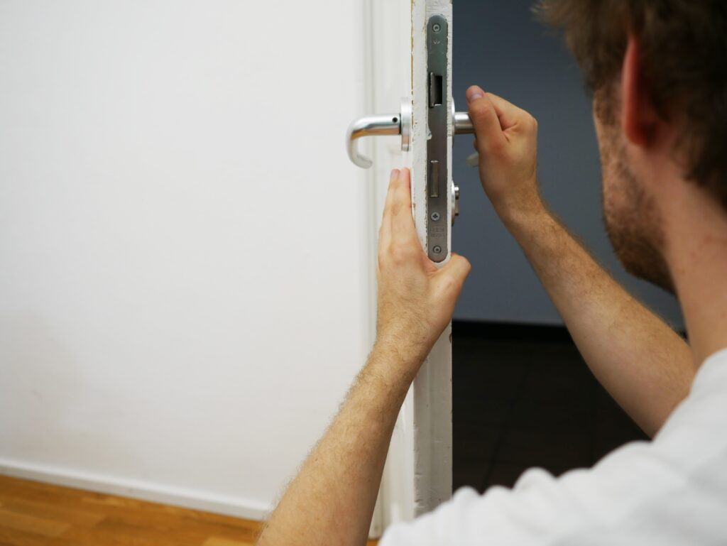 20 Tips for Lesser Known Ways to Improve Your Locksmith's Social Media Presence