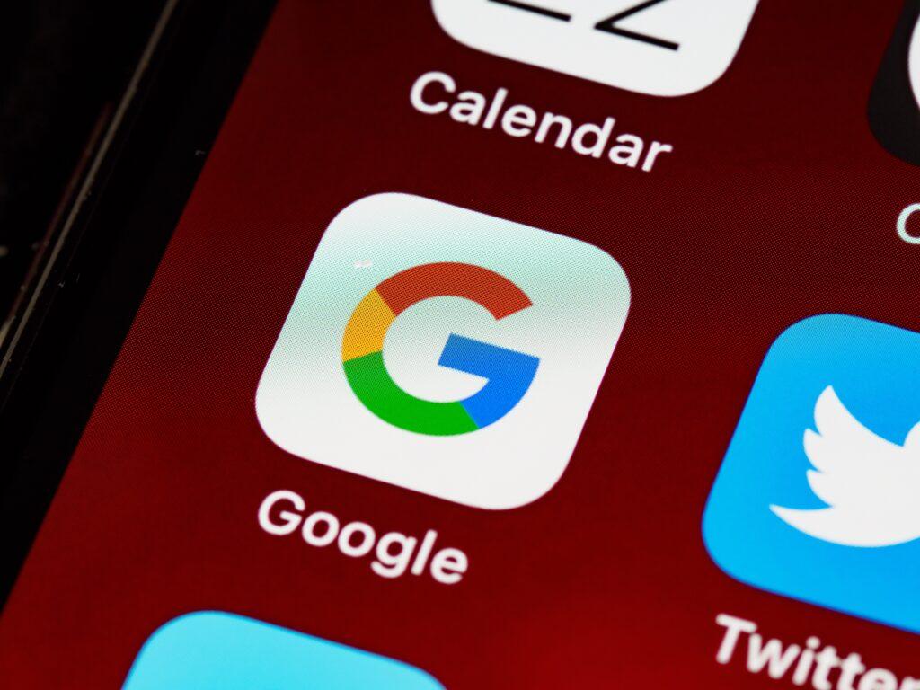 iphone, ios, home screen, close up, pixels, retina, smartphone, icon, ios 14, icon, screen, phone, google